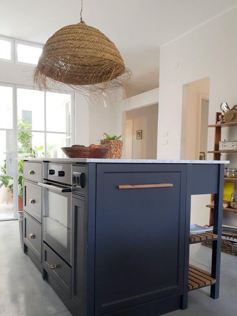עיצוב-מטבח-ופטיו-ברמת-השרון-סגנון-מודרני-עיצוב-וצילום-לירון-גונן-לסטודיו-מיס-גרות-2-770x1024